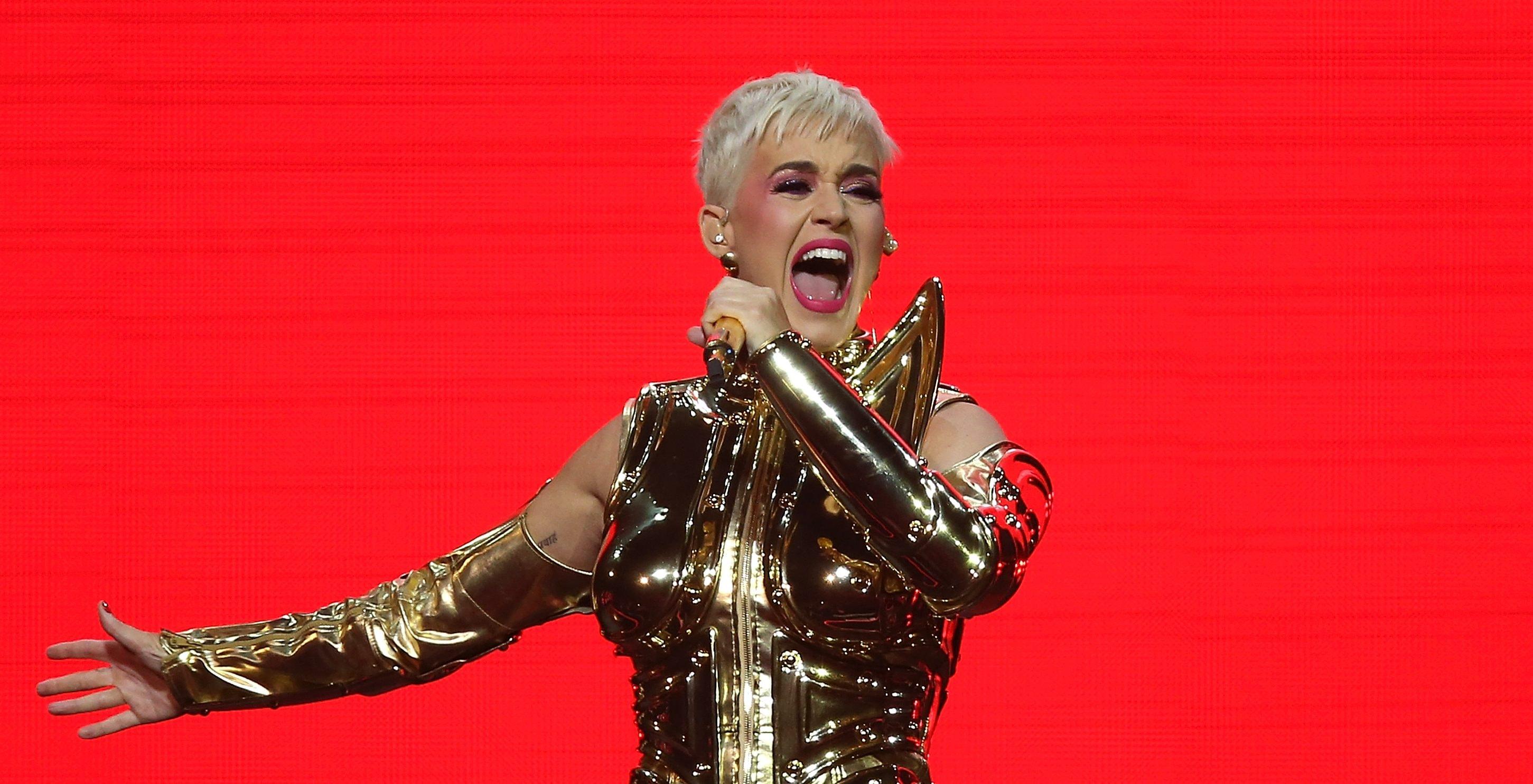 Katy Perry Perth Tour 2018 The Emoji Tiket Witness My Kiss Radio 93 5