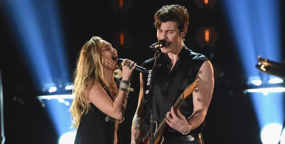 """Shawn Mendes Joined by Miley Cyurs on """"In My Blood"""""""